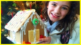 GINGERBREAD HOUSES & NOAH HAS NO PANTS AGAIN!    KITTIESMAMA