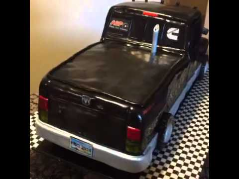 Dodge pick up truck cake.