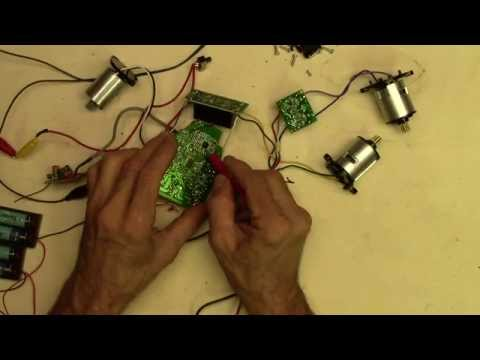 Electronics salvage from rc toys youtube electronics salvage from rc toys solutioingenieria Image collections
