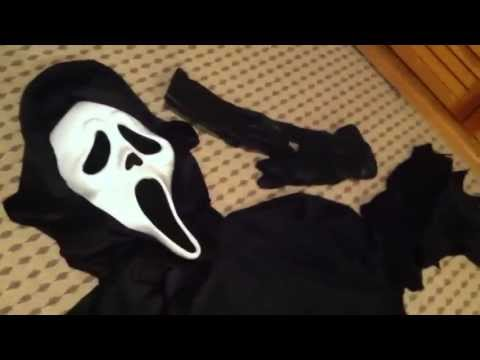 """Scre4m """"Ghostface"""" Costume Review"""