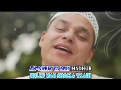 An Nabiy Shollu 'Alaih   Haddad Alwi & Anti