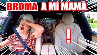 BROMA A MI MAMÁ! El Auto Conduce Solo y Baila! Mi Familia Reacciona al Tesla Gaviota SandraCiresArt