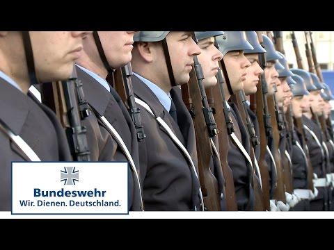 Großer Zapfenstreich – Einsatz für die Soldaten des Wachbataillons der Bundeswehr