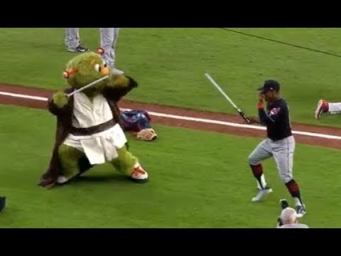 MLB Funnest Mascots - Orbit
