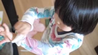 294 3歳9ヶ月子供 自分独りで服を着替えられるようになった change clothes 3year old child
