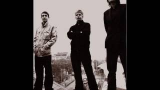 I Am Kloot - A Strange Arrangement Of Colours (live @ the Lowlands, 2004)