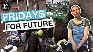 Klimastreik Fridays For Future belagert das Rathaus