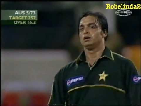 Shoaib Akhtar BRUTAL BOUNCER to Shane Watson 2002 GABBA