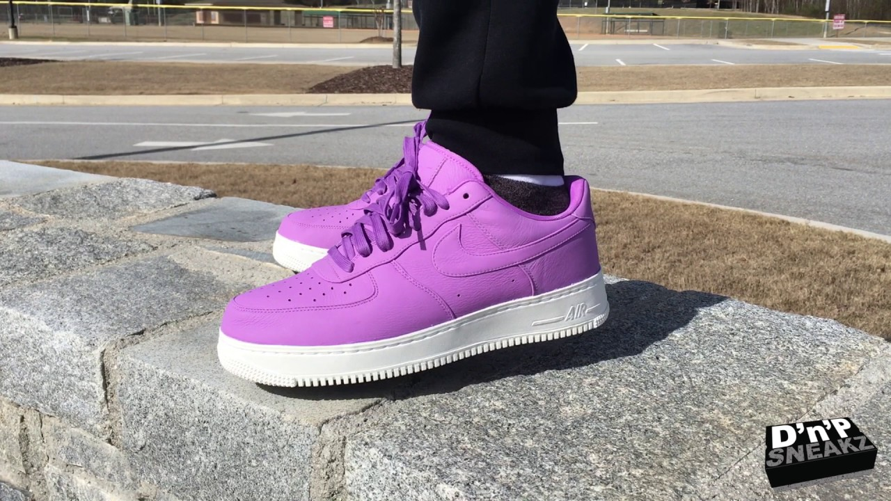 Quick Look At The Nike Air Force 1 One Low Iridescent 3M Reflective | Mall Visit