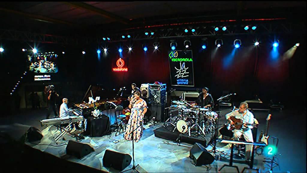 Dianne Reeves - Vitoria-Gestaiz Jazz Festival 2010 - part 3