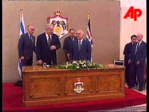 King Hussein welcomes Benjamin Netanyahu to Jordan 1996