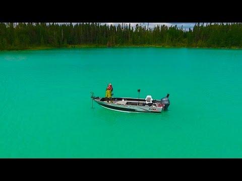 AMAZING Little Limestone Lake, Manitoba - Northern Pike Fishing