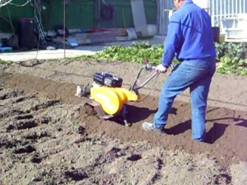 Preparar el terreno para sembrar patatas con mi motoazada - Preparacion de la tierra para sembrar ...