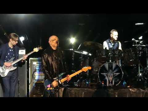 Cherub Rock Smashing Pumpkins & Members of The Killers@PNC Holmdel, NJ 8218