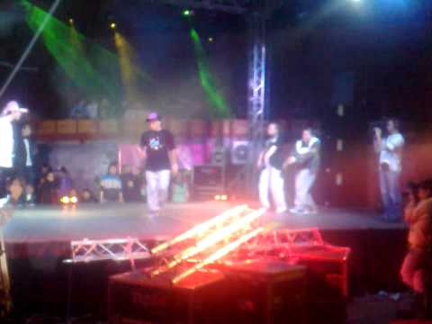Zu Dias Bad Boys Crew и Masha Saya MM crew////battle Би_Zone