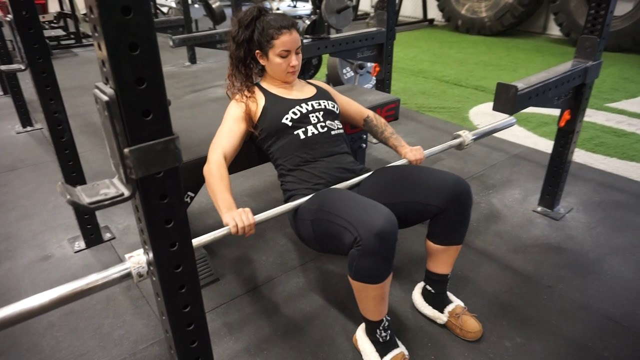 How to set up barbell hip thrust - YouTube