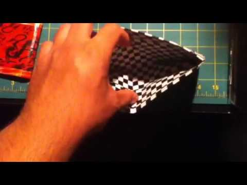 2 awesome bi-fold wallets and combine an awesome color