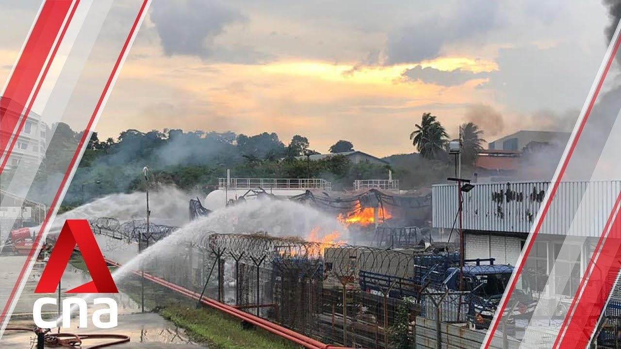 Jurong industrial fire: SCDF in action