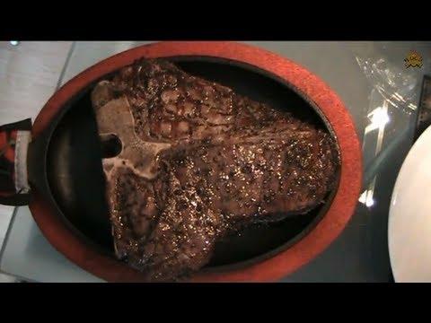 Porterhouse steak gegrillt t bone steak grillen weber for Porterhouse steak vs t bone
