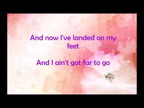 Jess Glynne - Ain't Got Far To Go (Acoustic) (Lyrics)