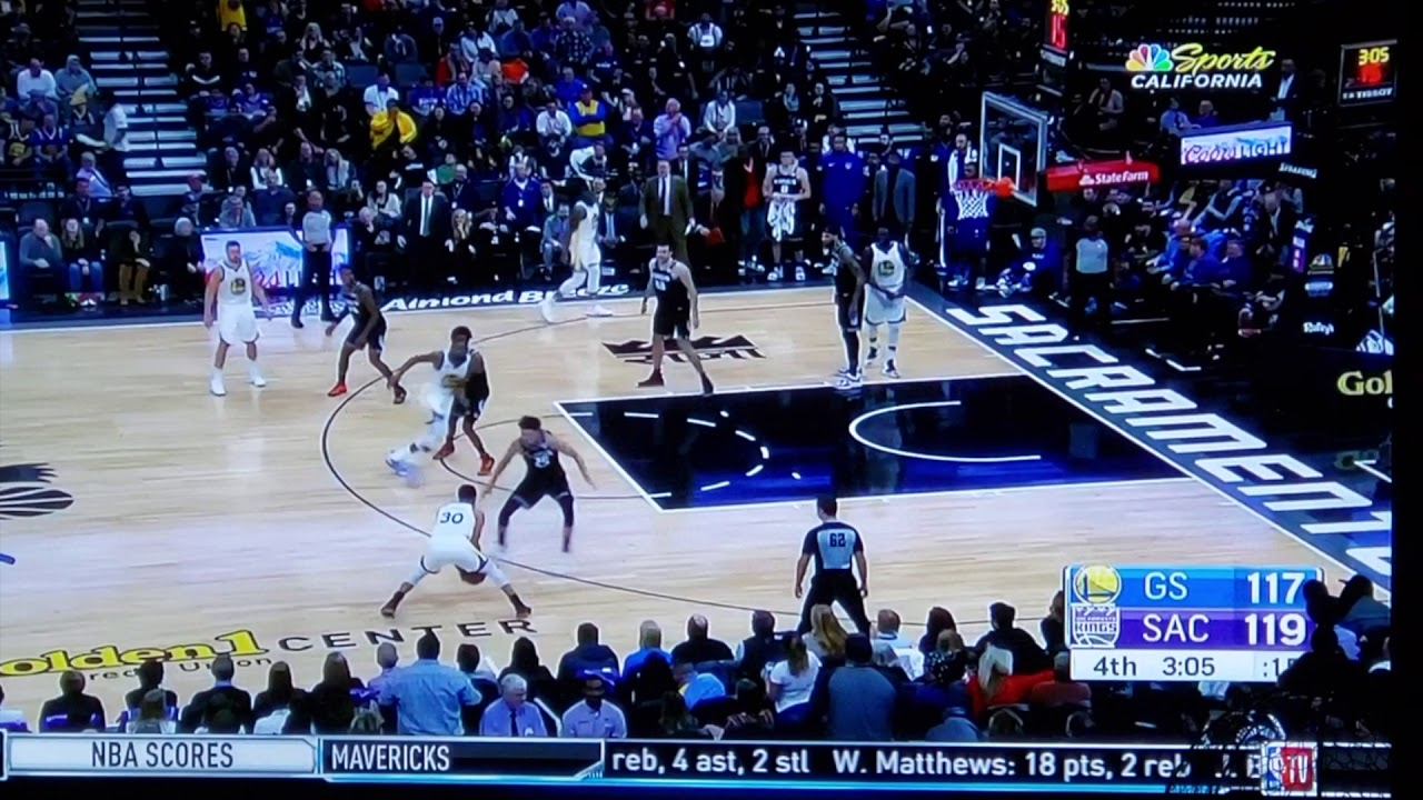 Steph Curry Dope: Steph Curry Breaks Justin Jackson's Ankles