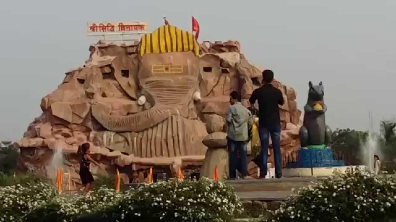 siddhivinayak temple pics