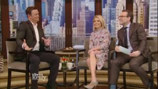 Peter Krause & Lauren Graham Fell in Love on the Set Of