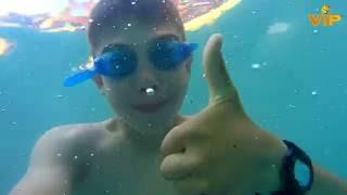 Лагерь VIP Звездный. Как дети купаются в бассейне(Короткое видео, сделанное для лагеря VIP Звездный в Болгарии летом 2016., 2016-07-16T08:24:14.000Z)