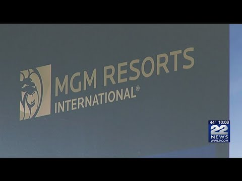 19 students graduate from Cambridge College, MGM hospitality program