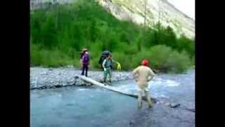 видео Увлекательные походы по Алтаю