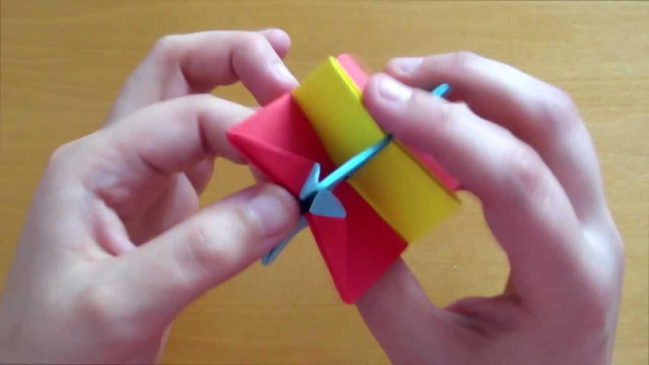 Origami Omega Star (easy - modular) - YouTube | 720x1280