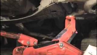 Замена болта крепления нижнего рычага подвески автомобиля ВАЗ 2106 в дороге, ник ''ANDROID''