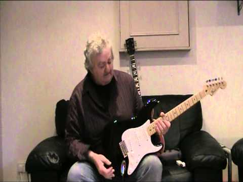 fender strat or les paul youtube. Black Bedroom Furniture Sets. Home Design Ideas