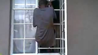 Repeat youtube video Nyaope Tsotsi caught by cops & community
