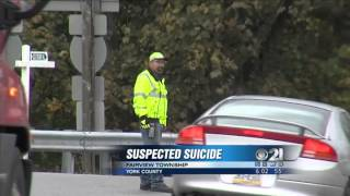 Police: Teen killed after jumping off bridge onto I-83