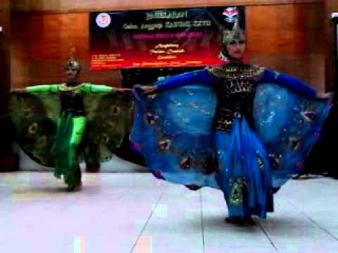 Tari Merak/ Merak Dance
