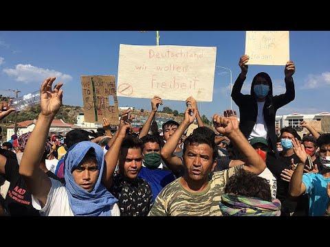 """Grecia. I migranti all'Europa: """"Non voltatevi dall'altra parte"""""""