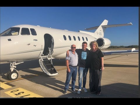 Surprising my parents with a PRIVATE JET