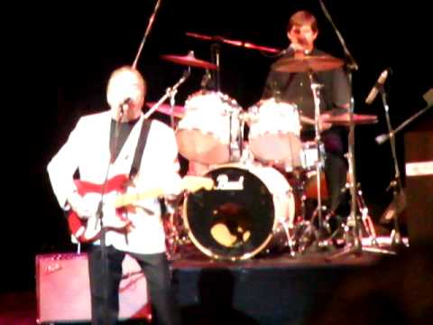 Gerry and the Pacemakers Live Frankston 13 March 2011 Ferry Across the Mersey / I like it