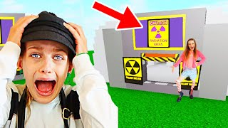 WHICH NORRIS NUT BUILDS THE BEST QUARANTINE HOUSE? Roblox Challenge Gaming w/ The Norris Nuts