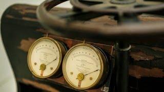 Ahırda bulunan 1898 model elektrikli Porsche - BBC TÜRKÇE