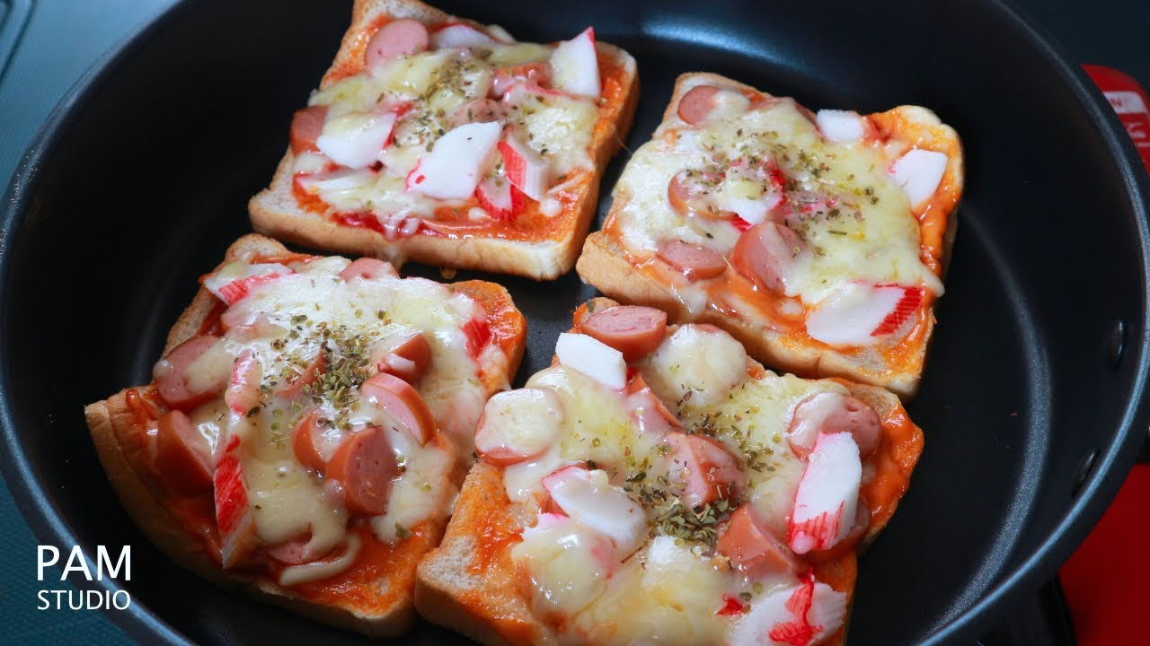 ขนมปังพิซซ่าชีสยืด ชีสยืดๆ หอมอร่อย ทำกินเองได้ง่ายๆ  Easy Pizza Bread with Cheese| Pam Studio