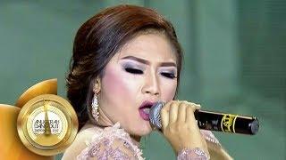 RA KUAT MBOK! Ratna Antika Bikin Penonton Goyang  - Anugerah Dangdut Indonesia 2017