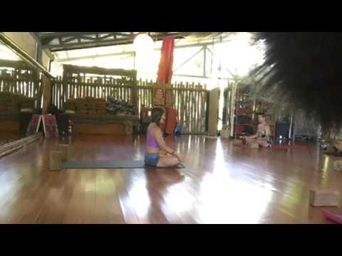 Live your Yoga - Trust the Change Full Yoga Class