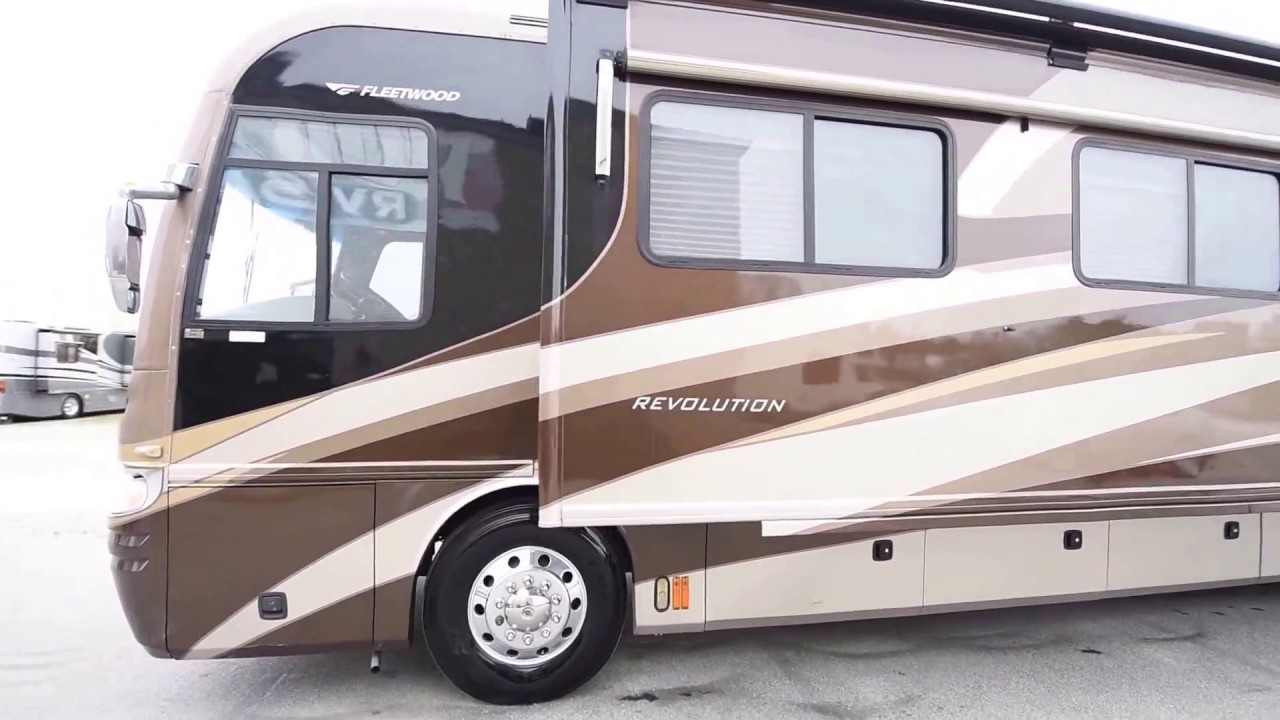 2007 Fleetwood Revolution Le 40v A Class Diesel Pusher