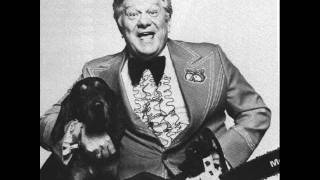 Jerry Clower - Fishing With the Game Warden