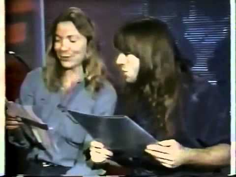 Iron Maiden - Funny Dave Murray & Bruce Dickinson Interview Canada 1988.(Re-up)
