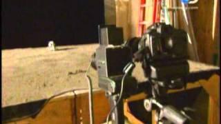 The Mythbusters (cazadores de mitos) Llegada del hombre a la luna (parte1)