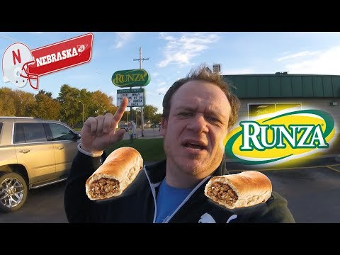 RUNZA® ☆FOOD REVIEW☆ in NEBRASKA!!!
