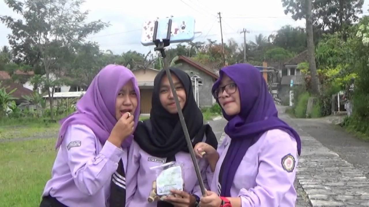PRA UPK Multimedia 2017 SMK Muhammadiyah Sawangan - Ricky ...